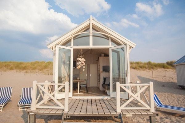 strandhuisje katwijk strand chalet